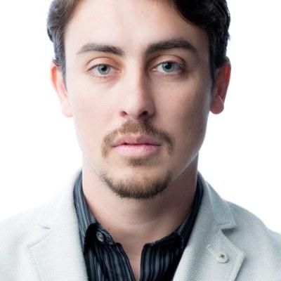 Dr Lucas De Siqueira